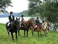 Reiterferien Kinder reiten Ponyhof Bayern